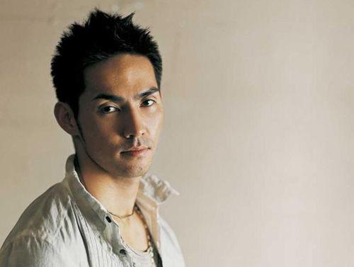 《日本歌星翻唱华语乐坛神曲,变成岛国风格啊~》