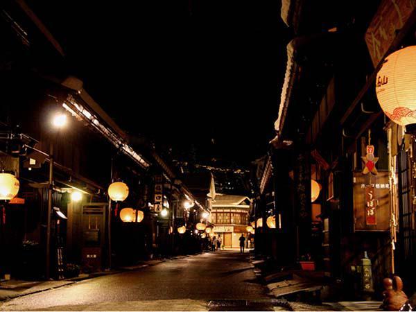 《岐阜县漫游:高山市老街》