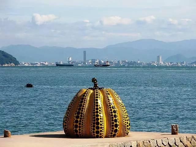 《日本七大艺术离岛 漂浮在海上的文艺旅行》