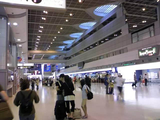 《怎么在日本的机场舒适的过夜》
