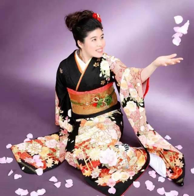 《美女如云的日本成人式》