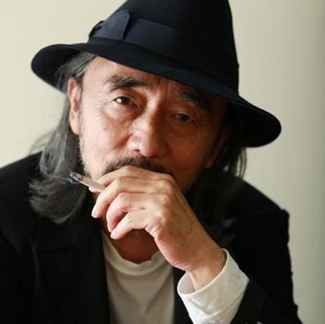 《[职人]山本耀司|八十年代闯入巴黎时装舞台的先锋派人物之一》