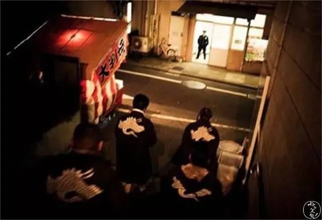 《揭秘日本黑帮的发展与女人处境》