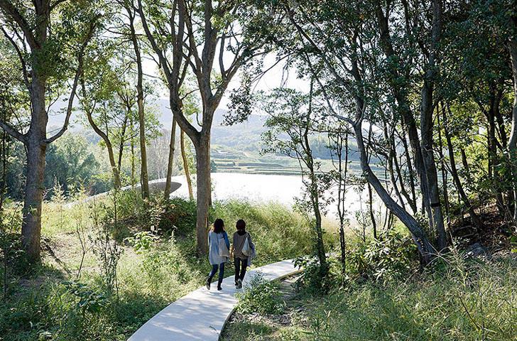 《梦境般的空间——丰岛美术馆 TESHIMA ART MUSEUM BY 西泽立卫 RYUE NISHIZAWA》