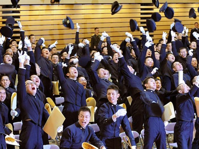 《调查:留学生能留在日本就业比例仅3成》
