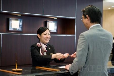 《住日本酒店外出时必须寄存钥匙?》