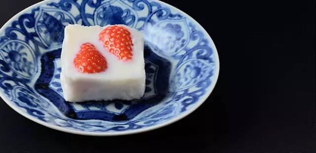 《1天只卖20个的绝品「草莓牛奶生洋羹」!》