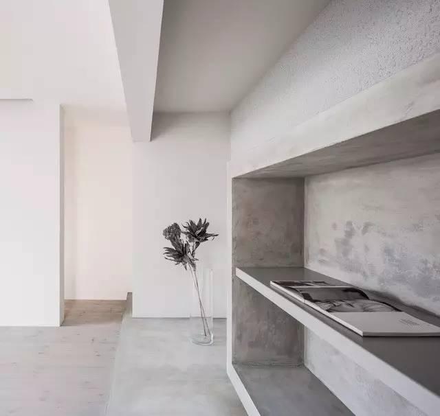 《既是家也是艺术廊的设施》