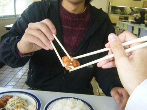 《去日本朋友家中做客时,这些饭桌礼仪一定要记住。》
